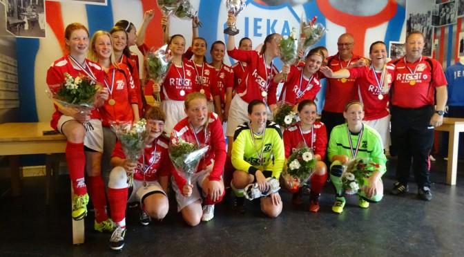 04-06-2016 Sc 't Zand MB1 –  vv Smerdiek MB1 (4-0) bekerfinale